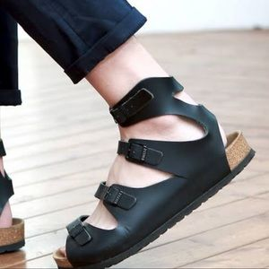 Birkenstock  Athen Gladiator Sandals